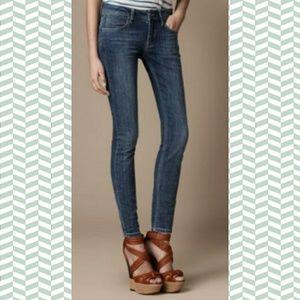 Burberry brit kensington skinny jeans 26w